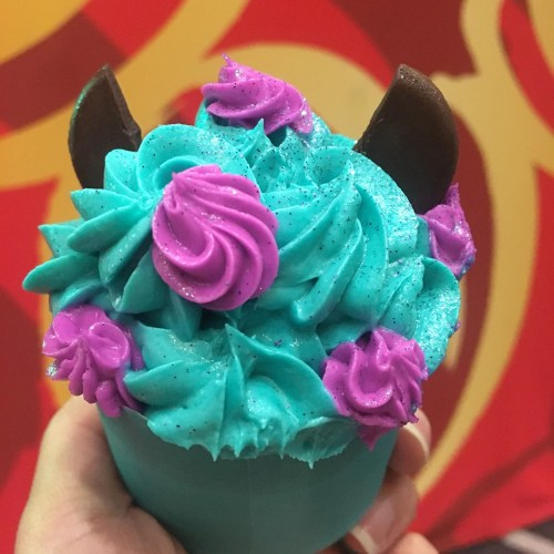 New Adorable Sulley Cupcake Scares Its Way Into WDW! 2