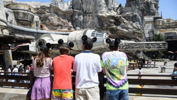 Star Wars: Galaxy's Edge Is Taking Over Disney Television For A Week