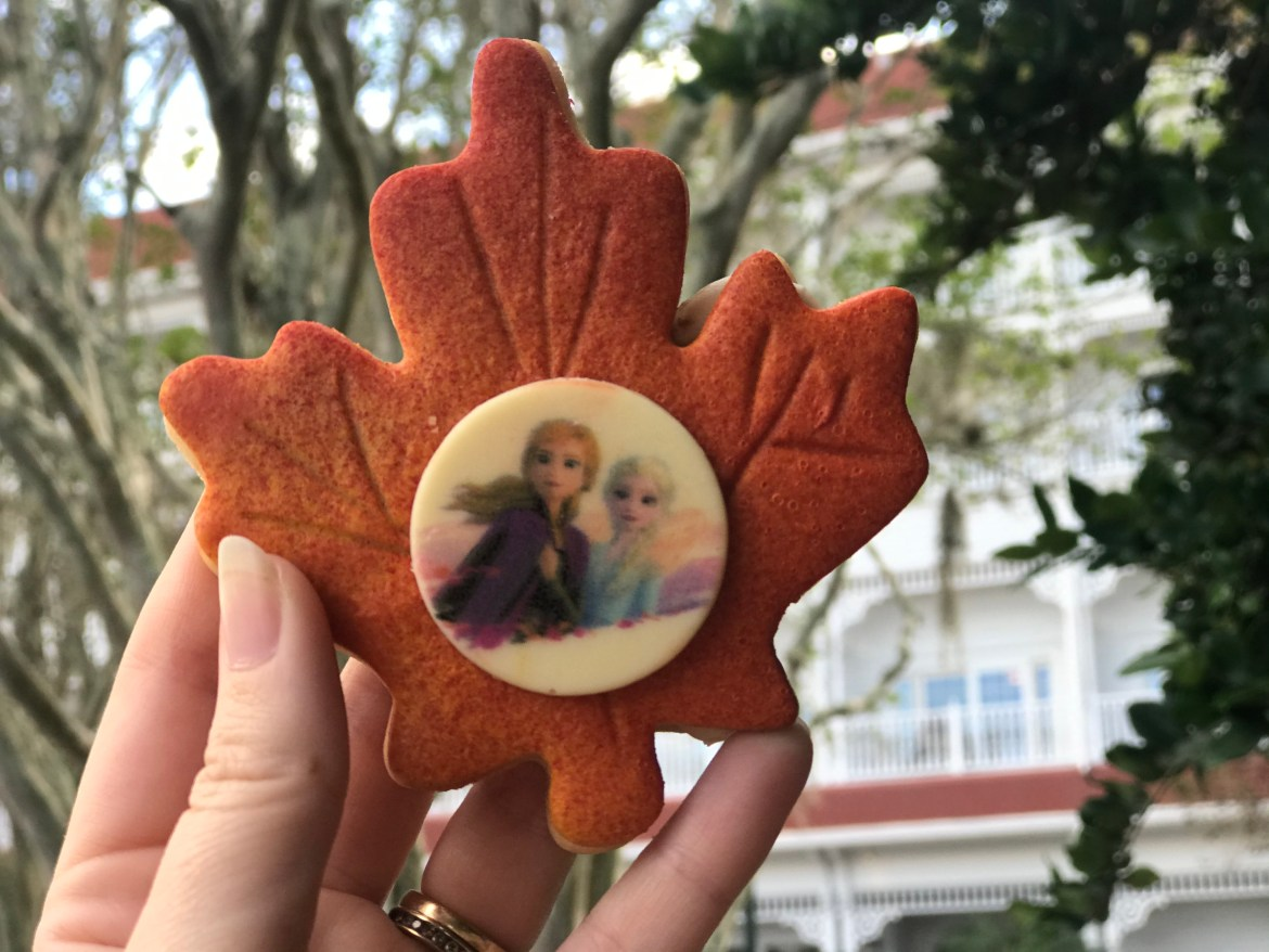 "New ""Frozen 2"" Enchanted Forest Leaf Cookie Sandwich Is A Perfect Fall Treat"
