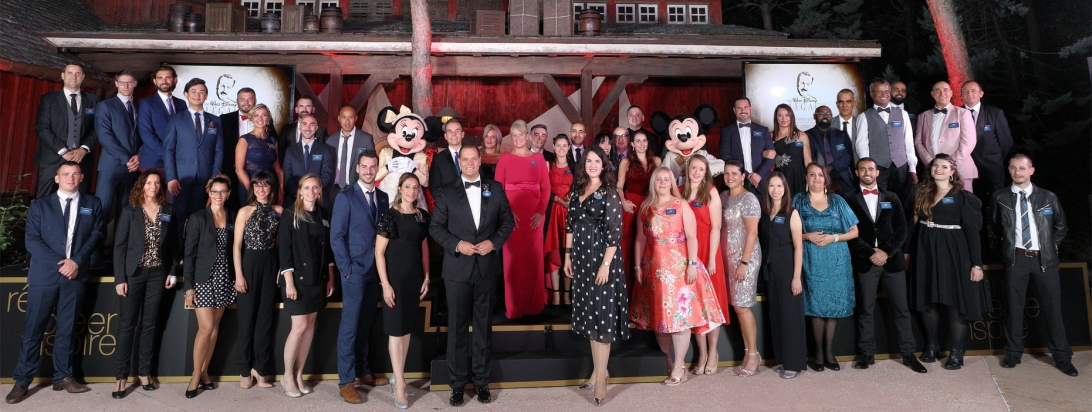 39 Disneyland Paris cast members win an award for Outstanding Customer Service