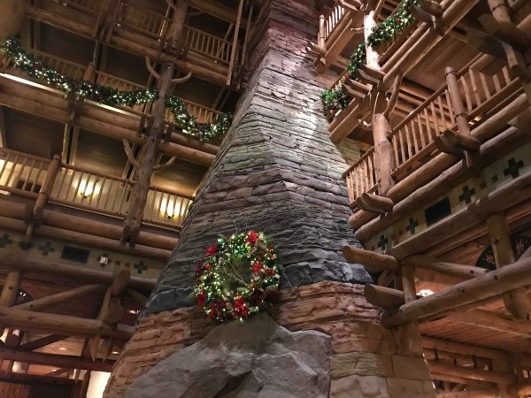 The Christmas Tree at Disney's Wilderness Lodge 4