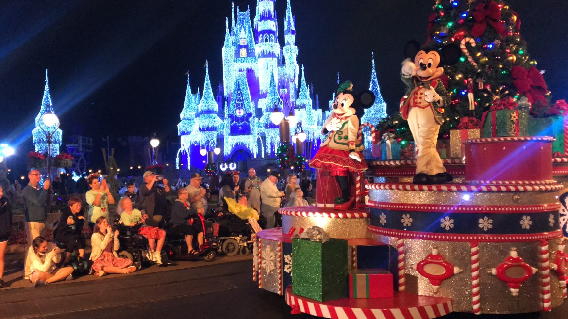 Mickey's Very Merry Christmastime Parade Is The Perfect Way To Celebrate The Season