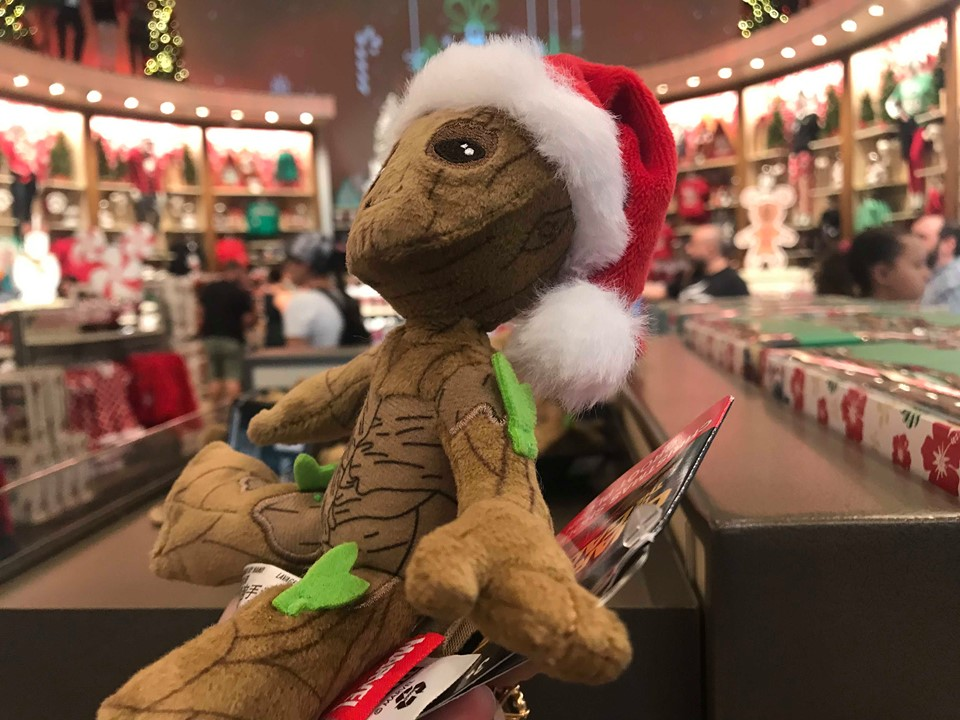 Christmas Groot Shoulder Pet Is A Lovable Pal For All Of Your Adventures 3