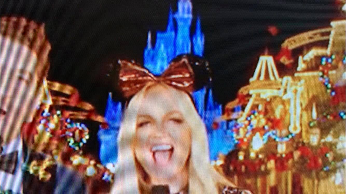 New Minnie Mouse Ears Spotted During The Wonderful World of Disney 1