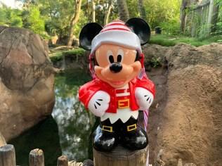 Mickey Santa 2