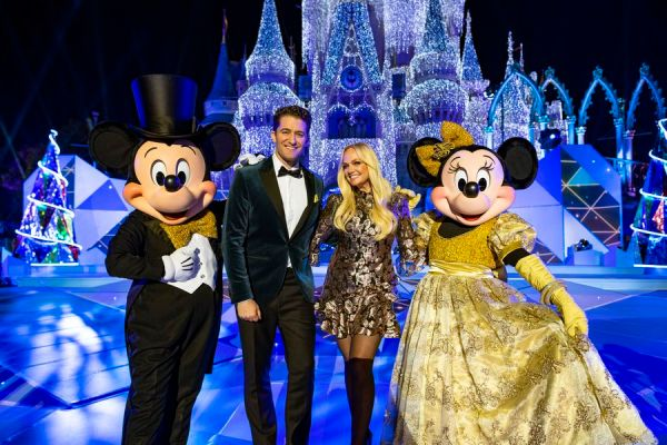 "Celebrity Performers In ""The Wonderful World Of Disney: Magical Holiday Celebration"" 1"