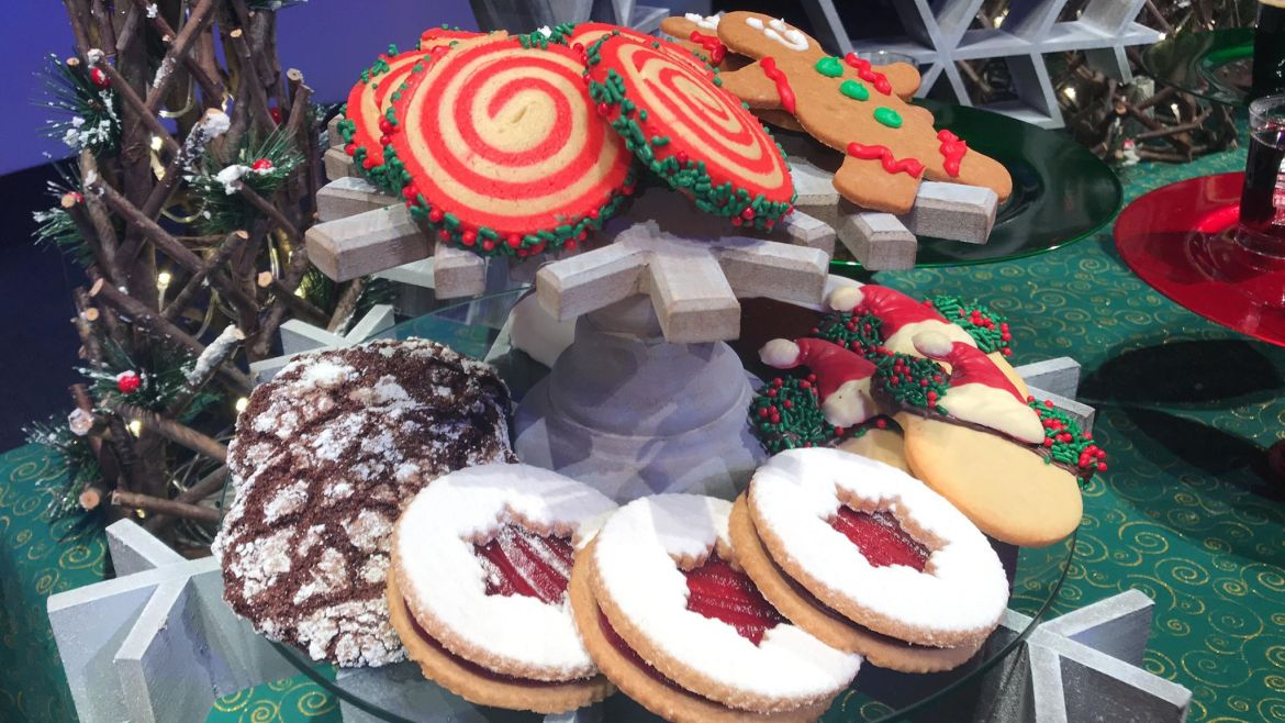Take a Look at the Epcot Holiday Cookie Stroll Cookies