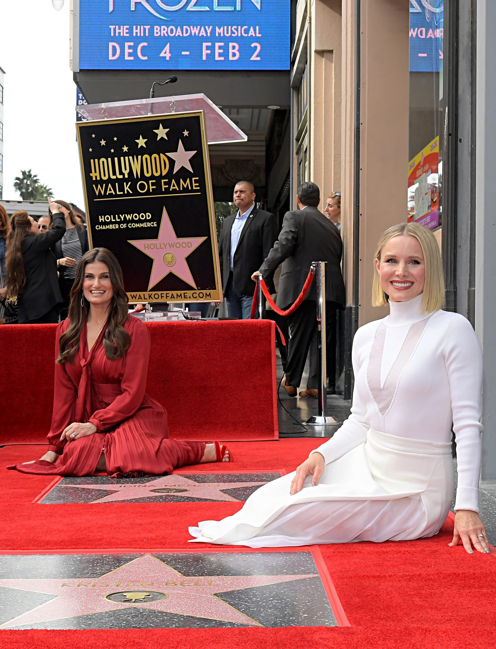 Stars of Frozen 2 Honored With Stars on Hollywood Walk of Fame 2