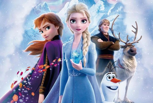 Anna and Elsa From 'Frozen II' Featured on D23 Winter 2019 Magazine Cover 3