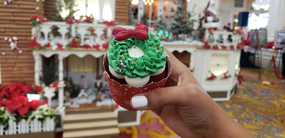 Photos: New Cupcake at Disney's Grand Floridian Resort