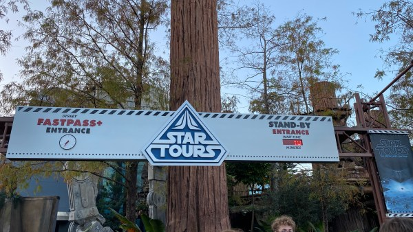 Rise Of Skywalker Is Now Available On Star Tours in Hollywood Studios 2