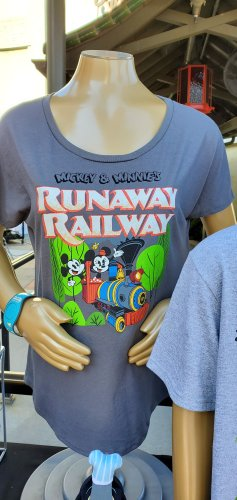 Preview of Merchandise for Mickey & Minnie's Runaway Railway! 2