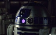 R2-D2 Roaming Around Batuu in Disneyland