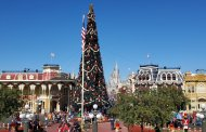 Magic Kingdom Holiday Entertainment Now Open To All Guest!