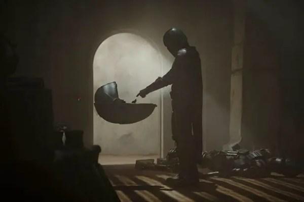 "Jon Favreau Credits Donald Glover with the Idea to Keep ""Baby Yoda"" a Secret 2"