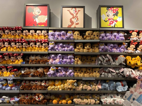 Photo Tour: MouseGear Has a New Location 7