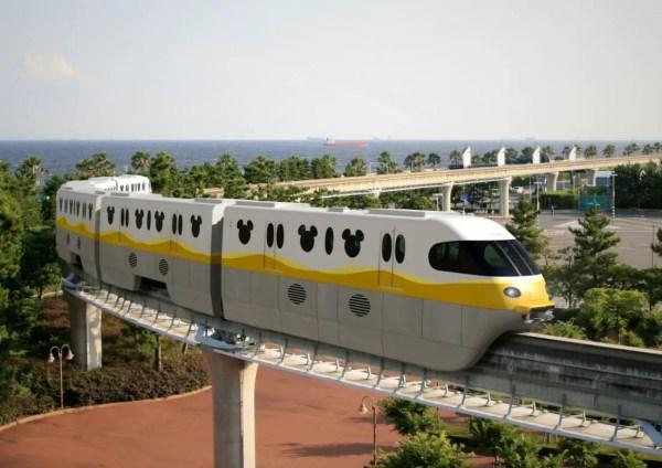 New Monorails Coming To Tokyo Disneyland Resort! 1