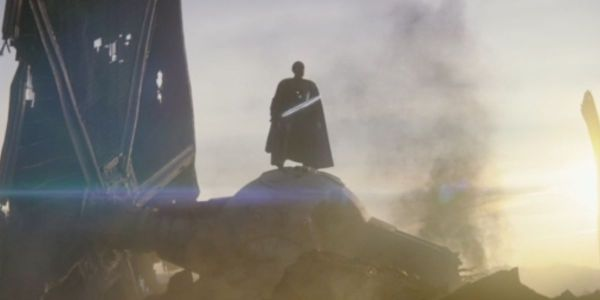 Giancarlo Esposito Says He Broke 3 Darksaber's During Filming of 'The Mandalorian' Season 2 2