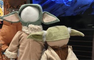 This Baby Yoda Costume Is What We Are Looking Forward To This Halloween