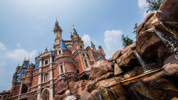 Magical Disney Sunrises from around the globe 5
