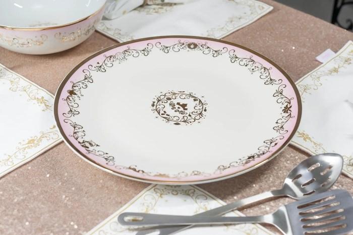 Disney Princess Dinnerware And Serving Set Add An Enchanting Touch 4