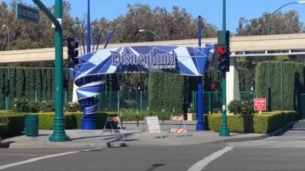 Walking Tour Around a Closed Disneyland Resort 1