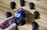 Make Harry Potter's Chocolate Frogs Right At Home