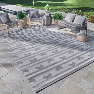 New Mickey Mouse Rugs Are Here To Get Our Patios Summer Ready 2