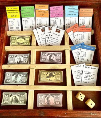 Man Builds 'Harry Potter' Monopoly Game from Scratch for His Girlfriend 5