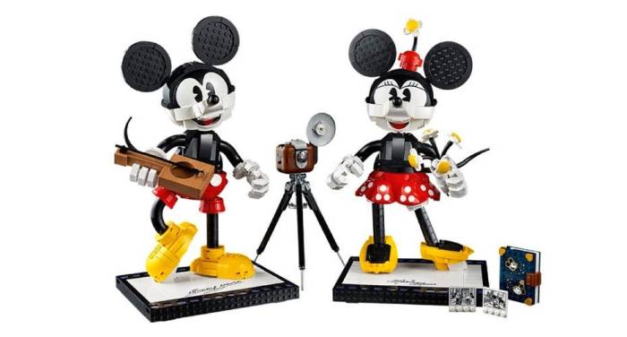 Playful New Mickey And Minnie LEGO Buildable Characters Coming Soon