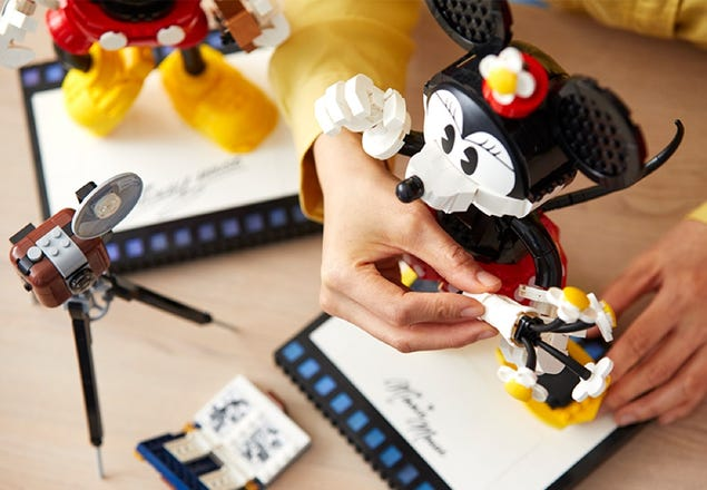Playful New Mickey And Minnie LEGO Buildable Characters Coming Soon 4