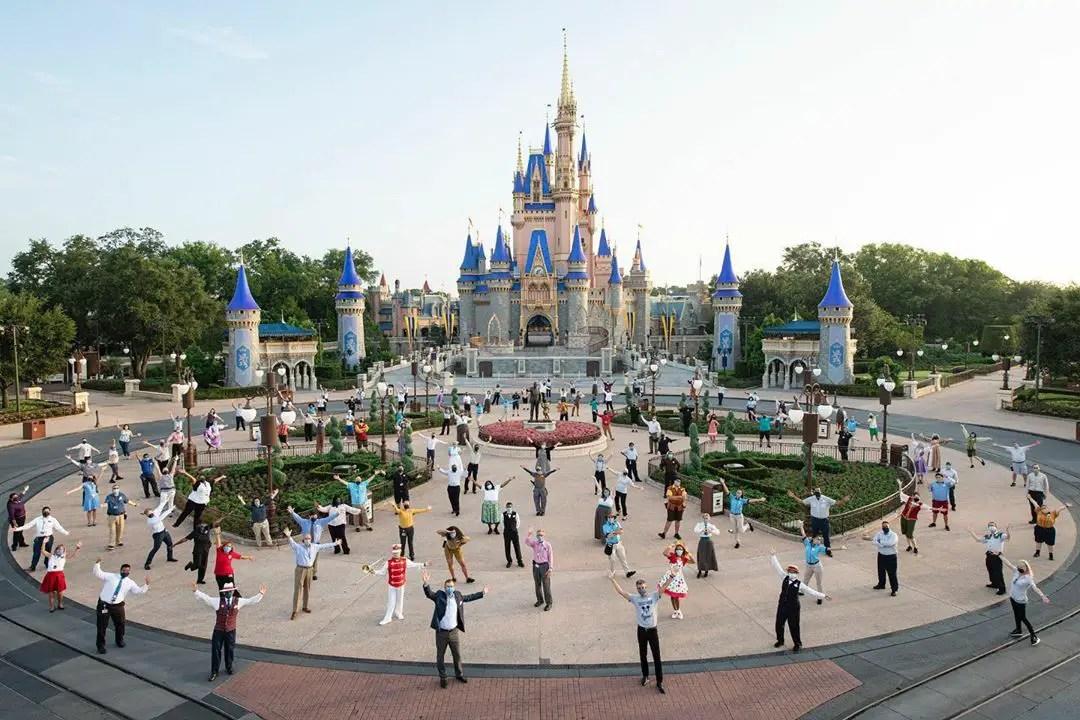 Bob Chapek, Josh D'Amaro & Disney Cast Members welcome guests back to Walt Disney World