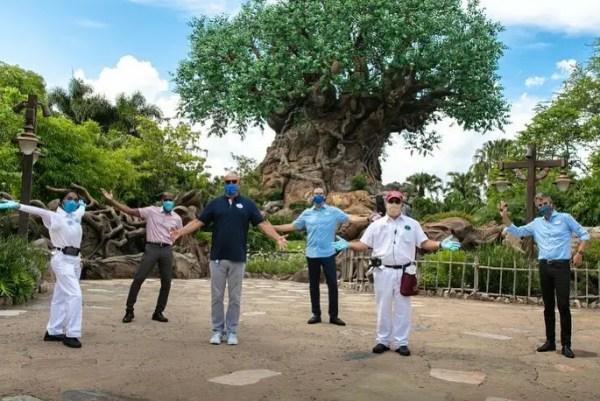Bob Chapek, Josh D'Amaro & Disney Cast Members welcome guests back to Walt Disney World 1