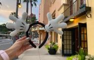 We're Cheering For the Mickey Gloves Headband At Walt Disney World