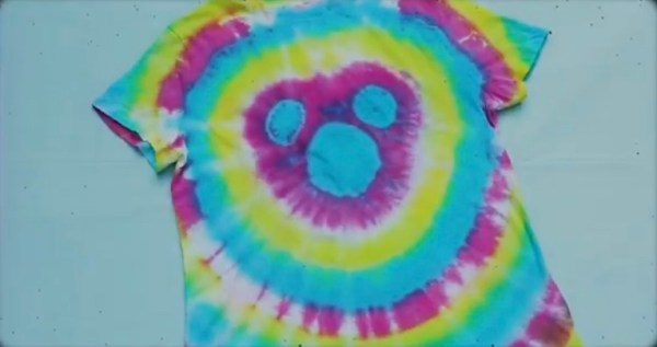 How To Make Your Own Disney Tie Dye Shirts At Home! 11
