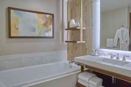 snajw-bathroom-2854-hor-clsc
