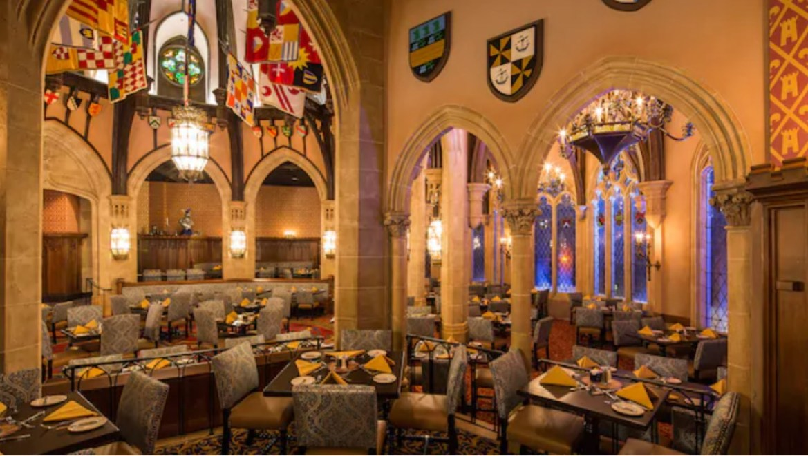 Disney lowers the price of Cinderella's Royal Table due to lack of characters