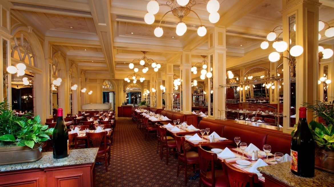 Chef de France Will Offer A Prix Fixe Meal When They Reopen