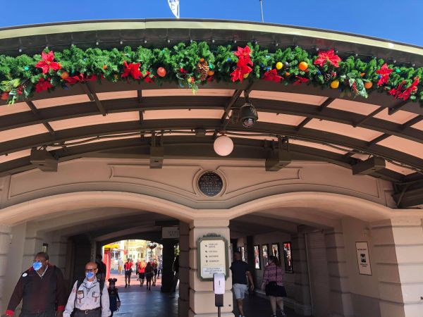 It's beginning to look a lot like Christmas at the Magic Kingdom 2