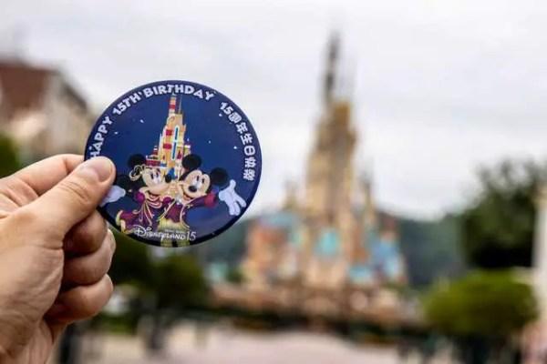 Hong Kong Disneyland Unveils New Castle of Magical Dreams 3