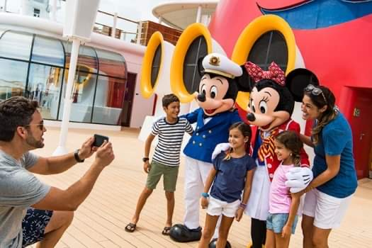 "Disney Cruise Line Wins ""Best Cruise Line for Families"" Award"