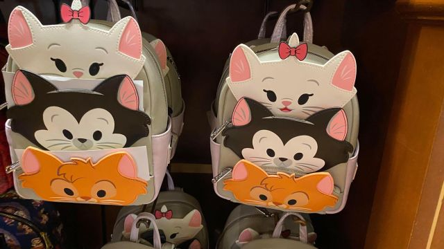 Adorable New Disney Cats And Disney Dogs Loungefly Collection 6