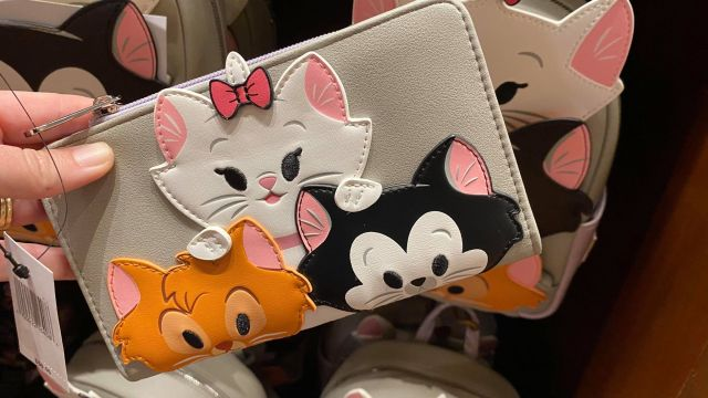 Adorable New Disney Cats And Disney Dogs Loungefly Collection 9