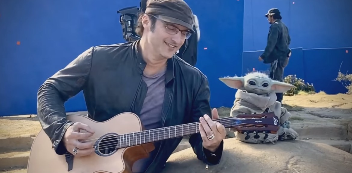 Video: Robert Rodriguez rocks out with Baby Yoda on the set of the Mandalorian