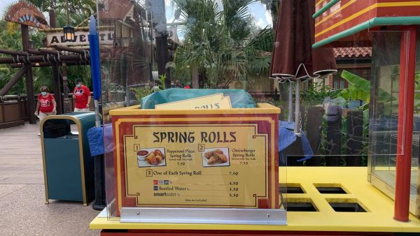 Magic Kingdom's Spring Roll Cart
