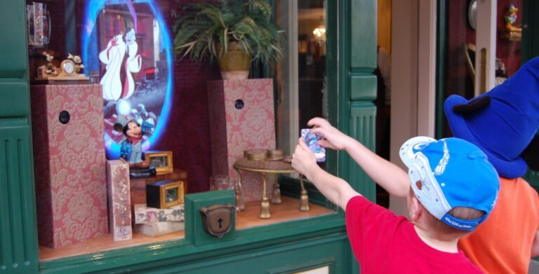 Fans Petition Disney to Save Sorcerers of the Magic Kingdom