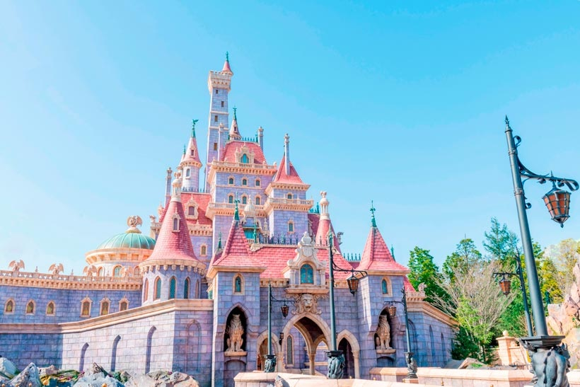 Tokyo Disneyland Suspending Ticket Sales and Limiting Park Guests due to state of emergency