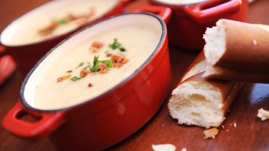 Popular Canadian Cheddar Cheese Soup Recipe From Le Cellier Steakhouse