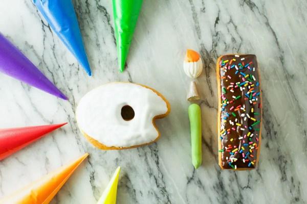 paint palette donuts