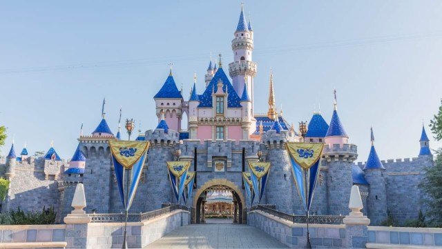 LA County in support of a bill to open Universal & Disneyland sooner. 1